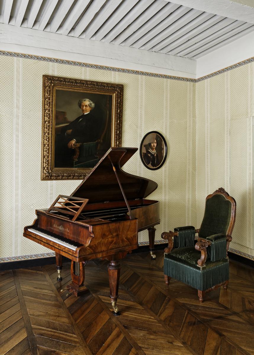 Piano Erard - Musée Hector-Berlioz, photo Pierre Verrier