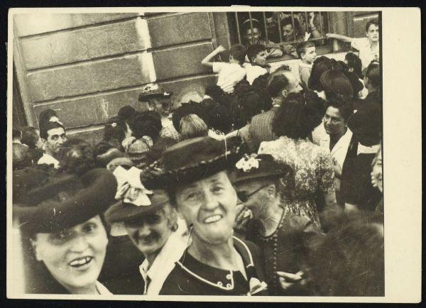 foule à la libération de Grenoble, 22 août 1944